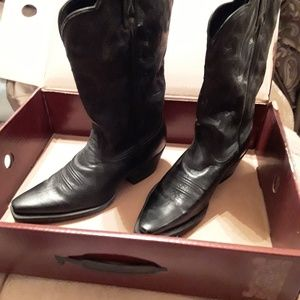 Lucchese. Womens Cowboy Boots 8.5